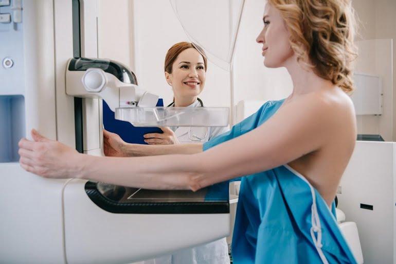 سن انجام ماموگرافی